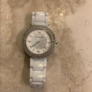 Michael kors white ceramic watch.